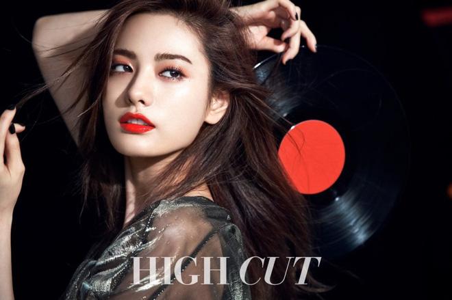 Mật báo Kbiz: Hé lộ danh sách bạn gái máu mặt của Kim Soo Hyun, bí mật về chuyện hẹn hò của Lisa - BTS bị ém - ảnh 9