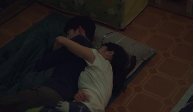 Đưa khùng nữ Seo Ye Ji đi nhà nghỉ nhưng Kim Soo Hyun lại quên đem tiền ở Điên Thì Có Sao tập 5 - ảnh 5