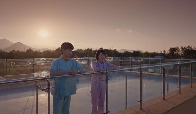 Đưa khùng nữ Seo Ye Ji đi nhà nghỉ nhưng Kim Soo Hyun lại quên đem tiền ở Điên Thì Có Sao tập 5 - ảnh 11