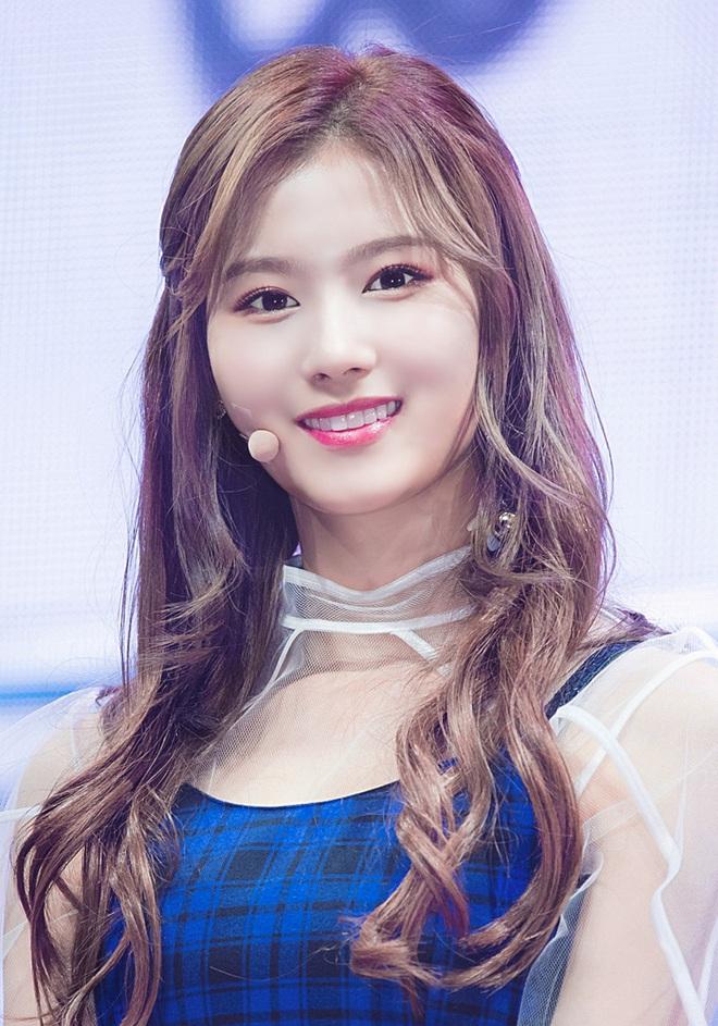 Mật báo Kbiz: Hé lộ danh sách bạn gái máu mặt của Kim Soo Hyun, bí mật về chuyện hẹn hò của Lisa - BTS bị ém - ảnh 18