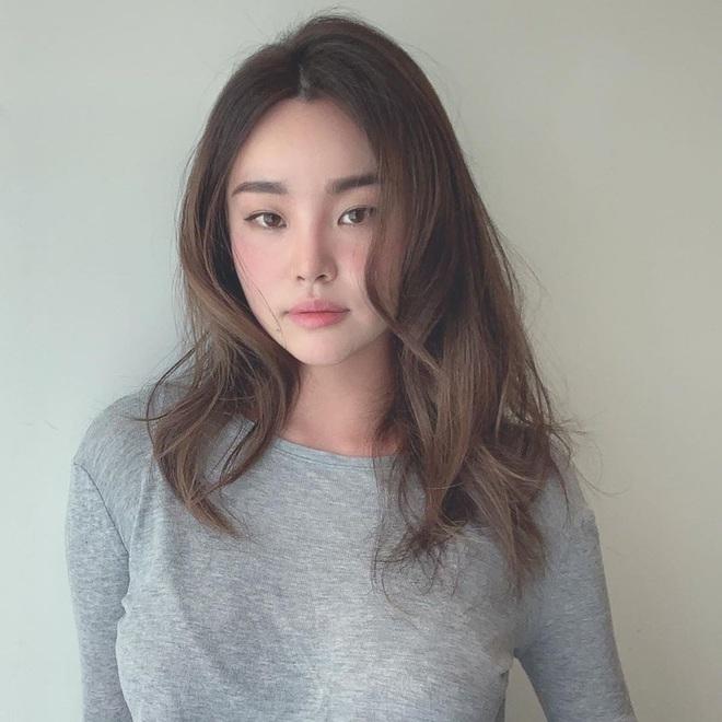 5 kiểu tóc trendy giúp tóc dày thêm vài lớp, nàng nào tóc mỏng nên học theo ngay - ảnh 18