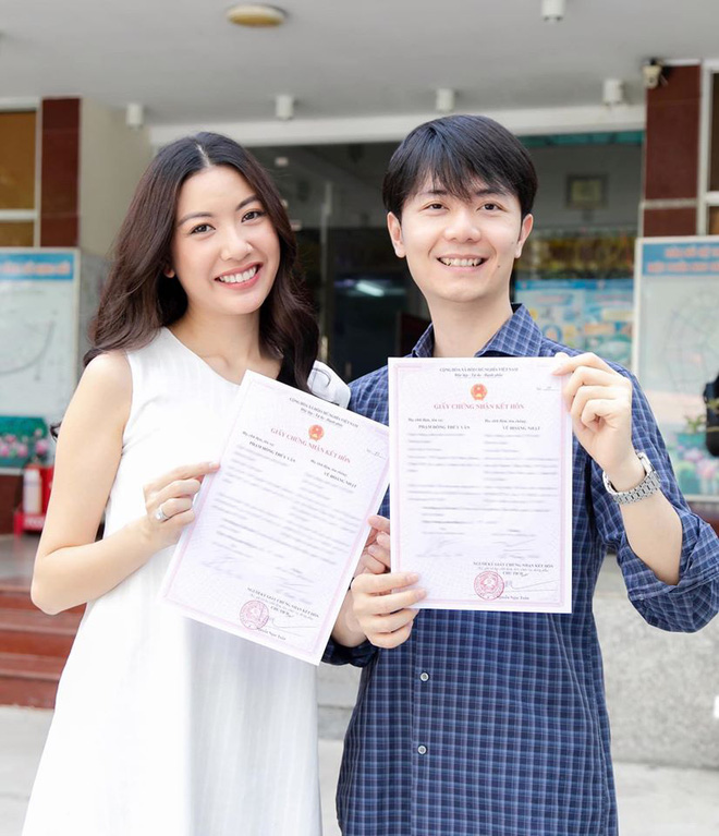 Thuý Vân chính thức hé lộ váy cưới: Lộng lẫy, gợi cảm thế này đích thực là cô dâu được mong chờ nhất tháng 7 rồi! - ảnh 4