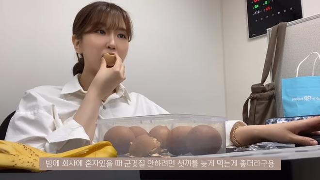 Thử chế độ ăn kiêng với duy nhất 3 món cho 3 bữa trong ngày của Hyosung, cô nàng vlogger xứ Hàn giảm 3kg sau 5 ngày - ảnh 10