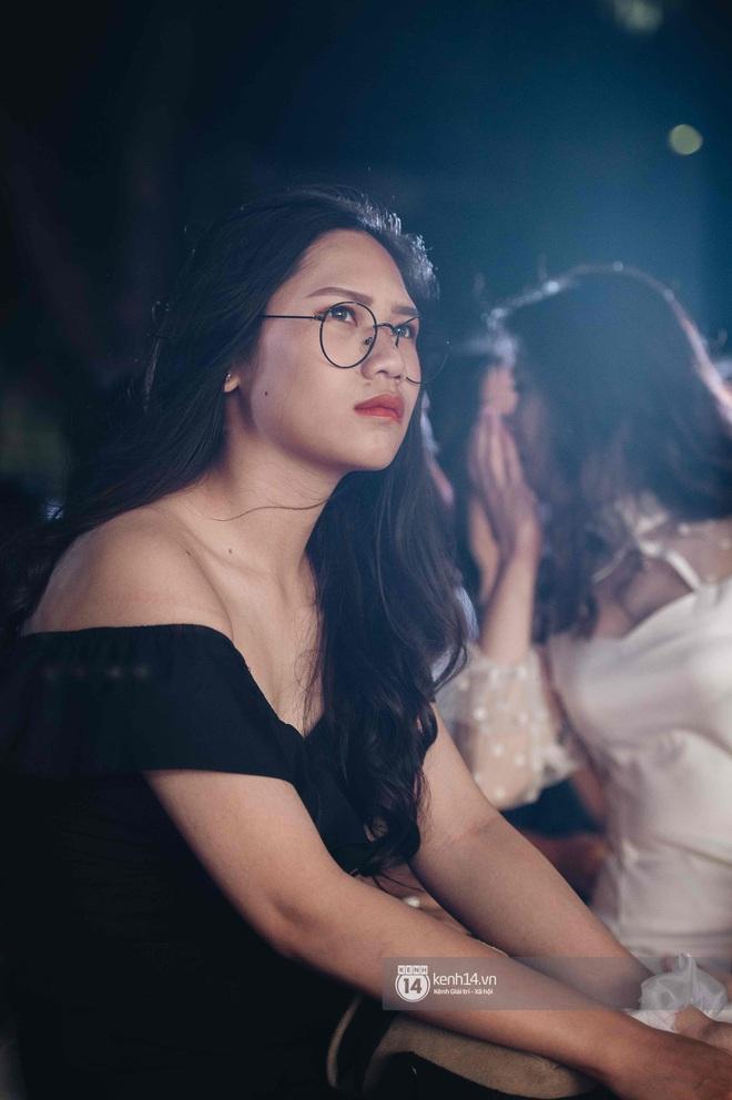 Lễ trưởng thành của teen cuối cấp THPT Kim Liên (Hà Nội): Quá nhiều cảm xúc, dàn gái xinh không kém cạnh bất cứ trường nào - ảnh 20