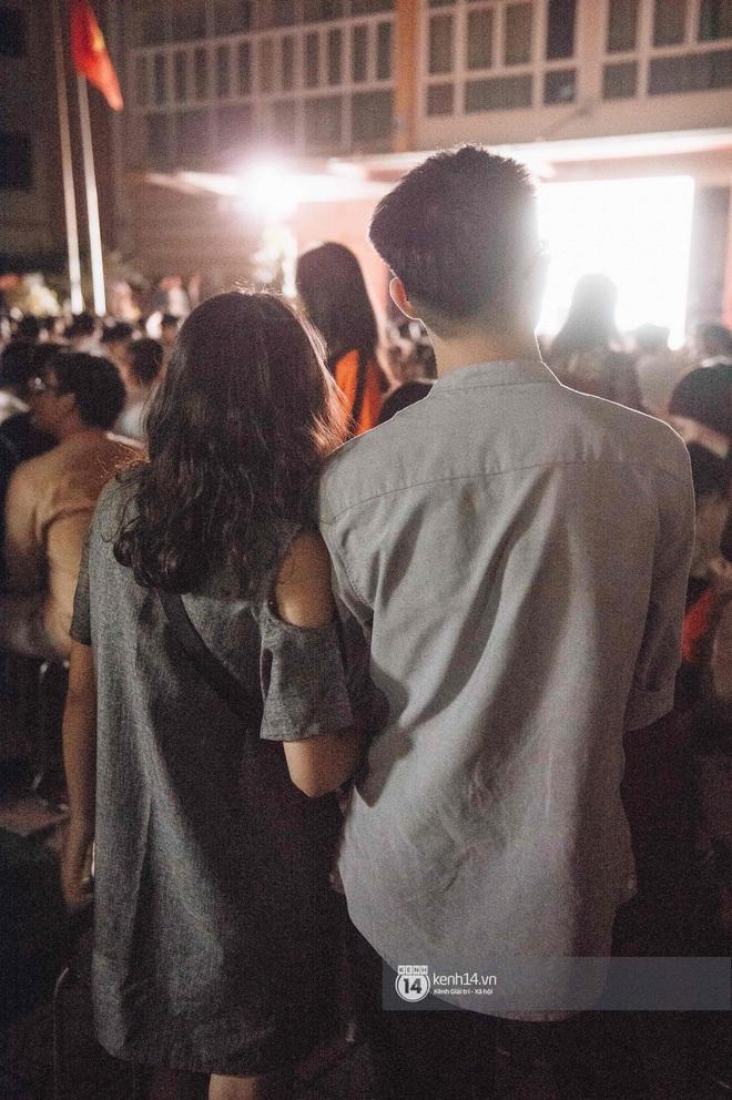 Lễ trưởng thành của teen cuối cấp THPT Kim Liên (Hà Nội): Quá nhiều cảm xúc, dàn gái xinh không kém cạnh bất cứ trường nào - ảnh 12