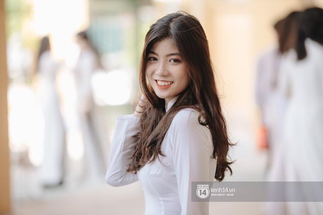 Dàn nữ sinh gây thương nhớ trong lễ bế giảng: Mặc áo dài hay đồng phục trắng đều mê mẩn lòng người - ảnh 2