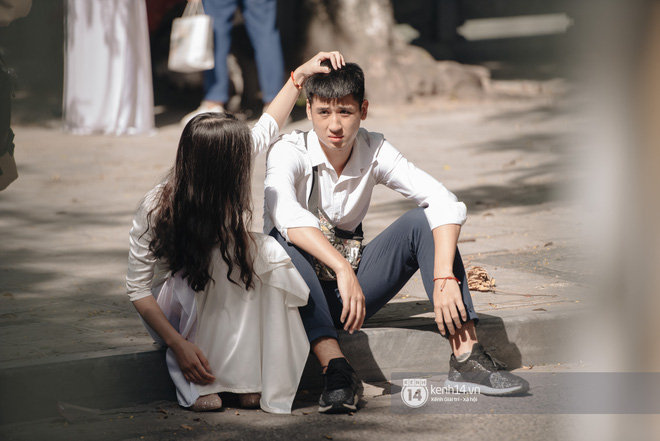 Dàn nữ sinh gây thương nhớ trong lễ bế giảng: Mặc áo dài hay đồng phục trắng đều mê mẩn lòng người - ảnh 22