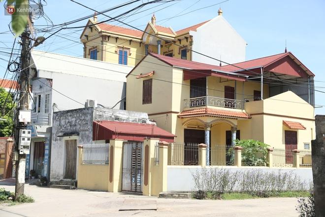Hà Nội: Nhà tầng, biệt thự mọc san sát nhau ở ngôi làng phất lên từ việc buôn thịt lợn - ảnh 3