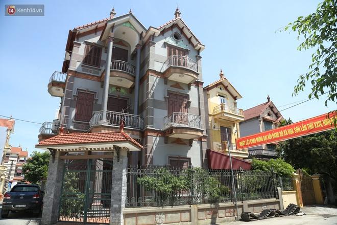 Hà Nội: Nhà tầng, biệt thự mọc san sát nhau ở ngôi làng phất lên từ việc buôn thịt lợn - ảnh 8