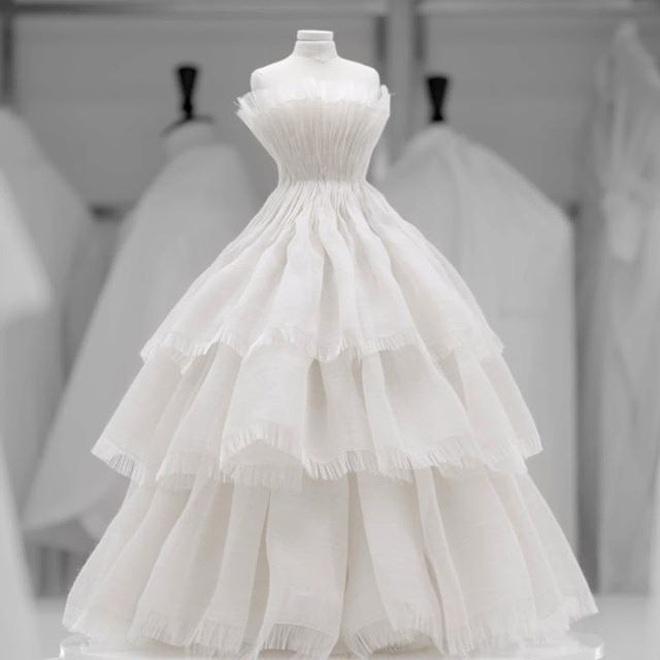 Tặng người xem một vé vào thế giới thần tiên, Dior tiện thể mị dân luôn với những thiết kế bé xíu nhưng tinh xảo muốn xỉu - ảnh 13