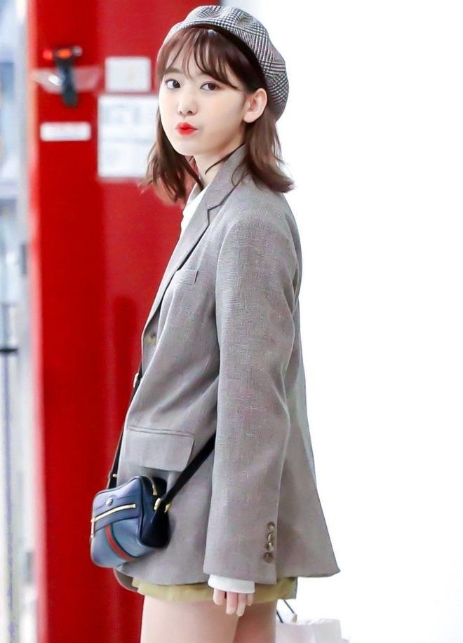 Lột xác từ style Nhật thắm thơm sang style Hàn cá tính, Sakura (IZ*ONE) khiến netizen phải trầm trồ không ngớt - ảnh 15
