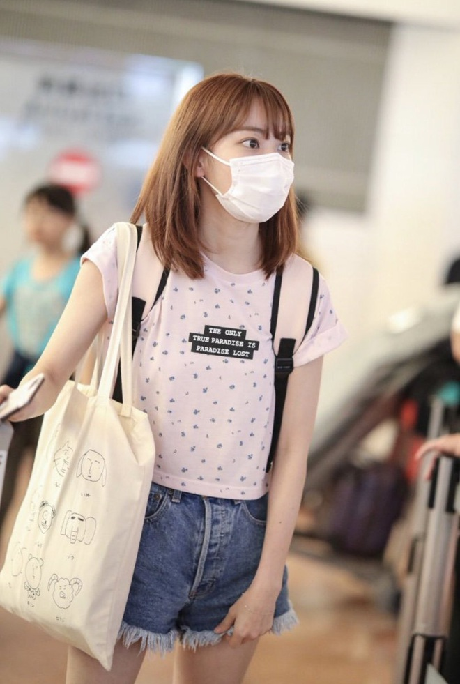 Lột xác từ style Nhật thắm thơm sang style Hàn cá tính, Sakura (IZ*ONE) khiến netizen phải trầm trồ không ngớt - ảnh 6