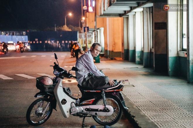 Có một chợ đêm Bến Thành buồn đến nao lòng: Khách Việt còn không có chứ nói chi khách nước ngoài - ảnh 16