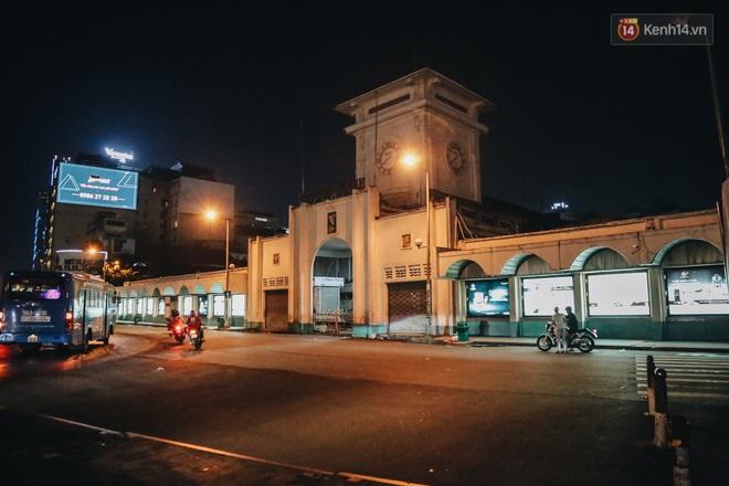 Có một chợ đêm Bến Thành buồn đến nao lòng: Khách Việt còn không có chứ nói chi khách nước ngoài - ảnh 5