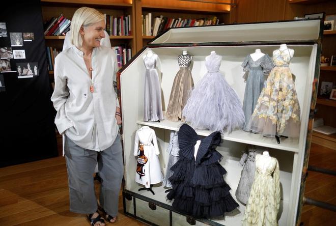 Tặng người xem một vé vào thế giới thần tiên, Dior tiện thể mị dân luôn với những thiết kế bé xíu nhưng tinh xảo muốn xỉu - ảnh 15