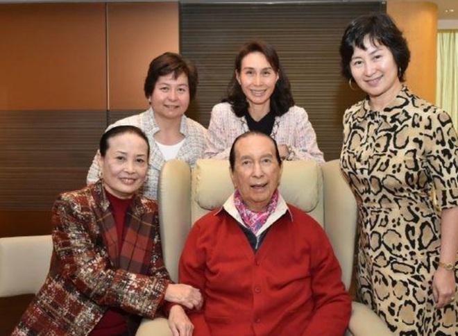 Cuộc tranh chấp gia sản lớn nhất châu Á: Trùm sòng bạc Macau sẽ chia 1,5 triệu tỷ đồng cho 3 bà vợ, 16 người con như thế nào? - ảnh 8