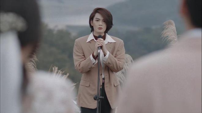 Đào Bá Lộc trở lại với MV đam mỹ, yêu luôn thầy giáo của mình nhưng lại vướng phải tình tay ba cùng bánh bèo - ảnh 7