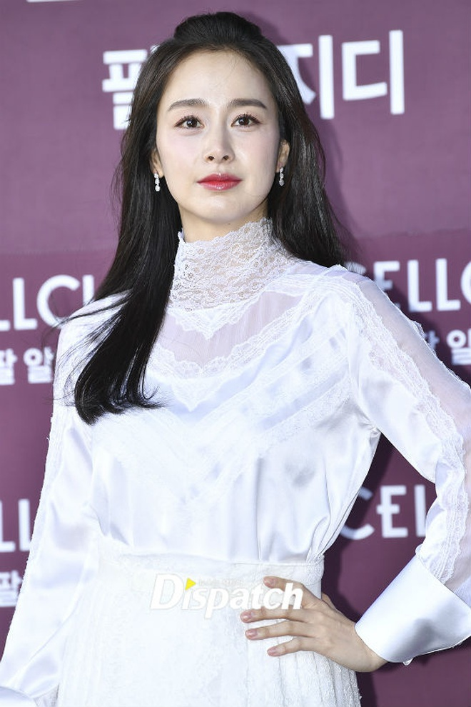 Kim Tae Hee xinh đẹp trẻ trung như gái đôi mươi, nhưng ốp điện thoại lại bất ngờ tố cáo tuổi thật của nữ minh tinh - ảnh 7