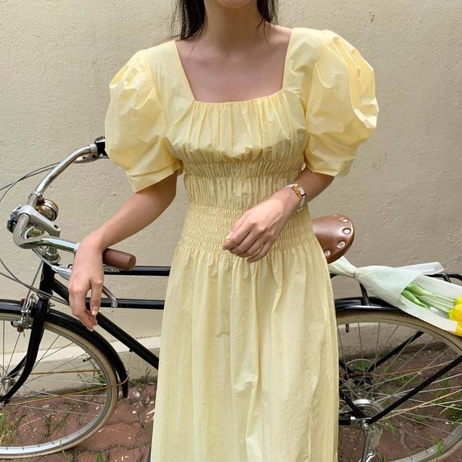 Để ăn mặc sành điệu nguyên hè, bạn nhất định nên sắm đủ 6 kiểu váy dễ mặc mà tôn dáng sau đây - Ảnh 11.