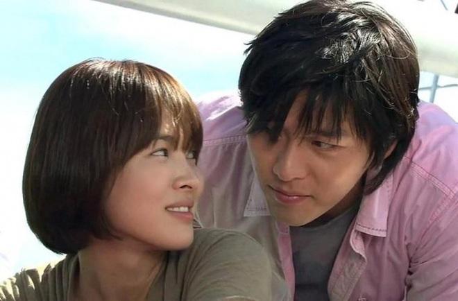Loạt khoảnh khắc ngọt ngào giữa Song Hye Kyo - Hyun Bin sau 10 năm xem lại vẫn mê mẩn - ảnh 15