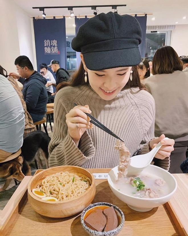 Nữ Youtuber Đài Loan chia sẻ bí quyết giảm 10kg chỉ trong 1 năm, kéo lại body với cơ bụng số 11 chuẩn chỉnh - ảnh 7