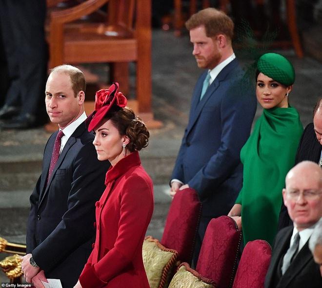 Bất hoà giữa anh em Hoàng tử William - Harry từng khiến tiệc sinh nhật 70 tuổi của Thái tử Charles trở thành ký ức không ai muốn nhắc tới - ảnh 2