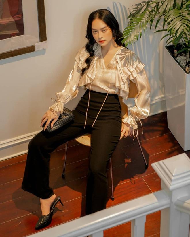 4 công thức diện áo blouse dài tay đơn giản mà đẹp mê, bạn cứ áp dụng là xinh như tiểu thư - ảnh 10