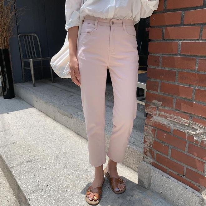6 items khiến outfit của bạn sang xịn hơn tức thì, trong đó có 3 món màu nâu cực kỳ lợi hại - ảnh 15