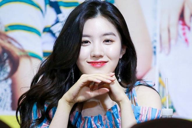 5 nữ idol dành cả thanh xuân để thực tập: 2 thành viên của Cosmic Girls lẫn thành viên hụt của BLACKPINK cũng không dài bằng Jihyo (TWICE) - ảnh 4