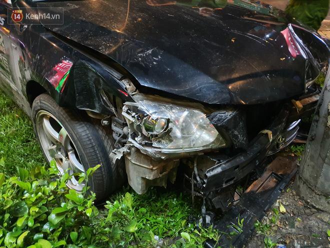 Nhân chứng kể lại giây phút kinh hoàng xe Camry tông hàng loạt xe máy ở Sài Gòn: Người bị thương nằm la liệt, chảy máu nhiều lắm - ảnh 5