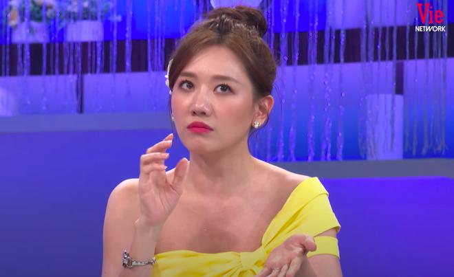 Hari Won bất ngờ lên tiếng về tin đồn Trấn Thành là người thứ ba chen vào mối tình 9 năm giữa cô với Tiến Đạt trên sóng truyền hình - ảnh 2