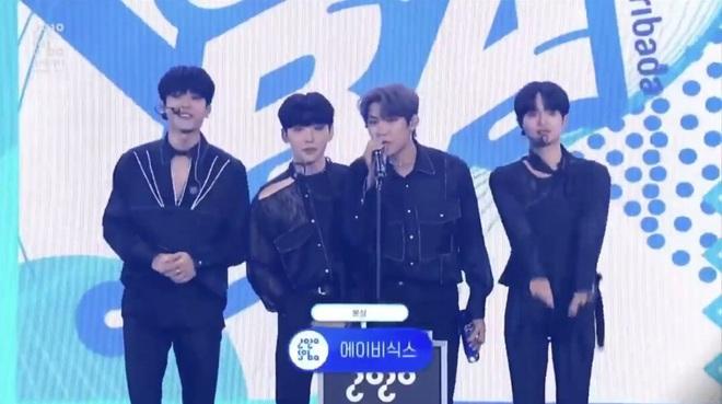BTS giật giải Daesang duy nhất của Soribada Awards dù không tham dự; TWICE, Red Velvet và Kang Daniel chia đều các giải quan trọng còn lại - ảnh 9