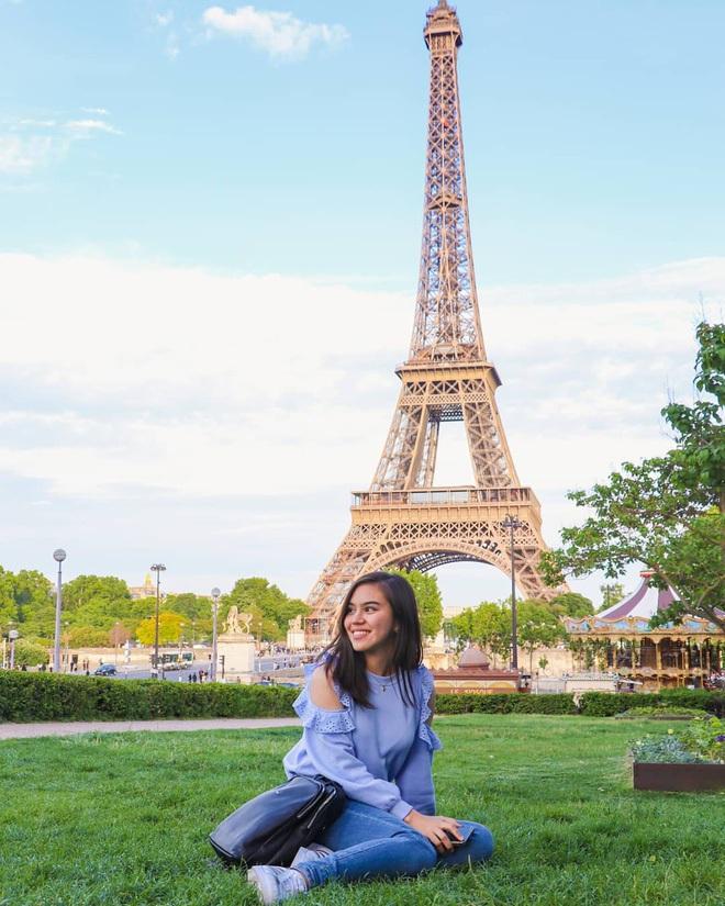 """Cư dân mạng """"rần rần"""" đăng ảnh check-in tại Paris (Pháp), tự nhủ muốn hạnh phúc bền lâu phải chụp ảnh cưới tại đây! - Ảnh 2."""