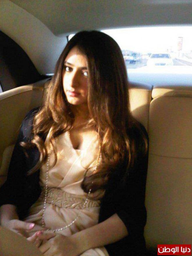 Nàng công chúa Dubai từng gây bão cộng đồng mạng bởi vẻ ngoài đẹp như thiên thần giờ đã trưởng thành với ngoại hình sáng chói - ảnh 7
