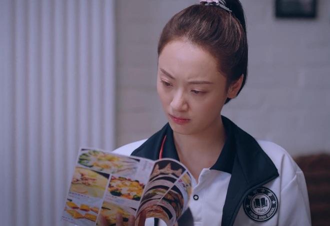 Chả cần hi em, Tống Uy Long một phát cưa đổ cả Đàm Tùng Vận lẫn cô bạn học ở Lấy Danh Nghĩa Người Nhà tập 7 - ảnh 2