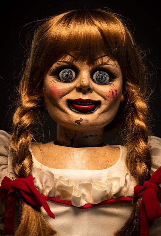 """Dân mạng thế giới hoảng hốt khi nghe tin búp bê Annabelle """"bỏ trốn"""" khỏi bảo tàng Warren, nhưng sự thật là gì? - Ảnh 1."""