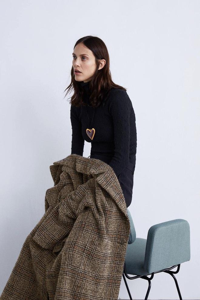 Dân tình dù mê đồ Zara vẫn phải cạn lời với lookbook toàn những kiểu pose quằn quại oằn tà là vằn của hãng - ảnh 3