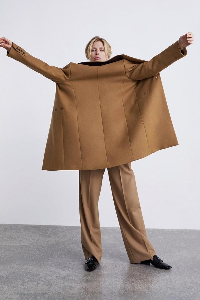 Dân tình dù mê đồ Zara vẫn phải cạn lời với lookbook toàn những kiểu pose quằn quại oằn tà là vằn của hãng - ảnh 4