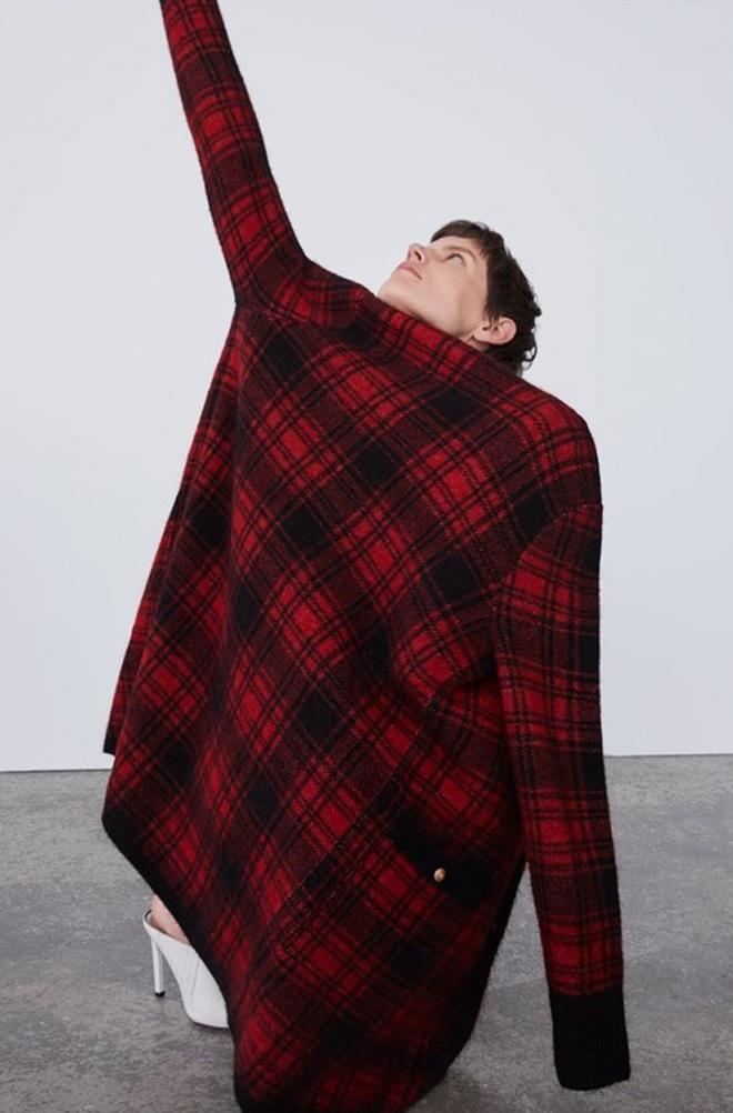 Dân tình dù mê đồ Zara vẫn phải cạn lời với lookbook toàn những kiểu pose quằn quại oằn tà là vằn của hãng - ảnh 5