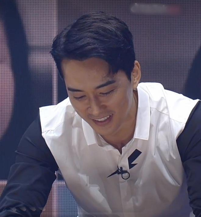 Fanmeeting 5 tài tử Hàn quyền lực gây nổ MXH: Hé lộ nhan sắc thật, Lee Dong Wook như thánh sống, Kim Bum lộ khuyết điểm - ảnh 3