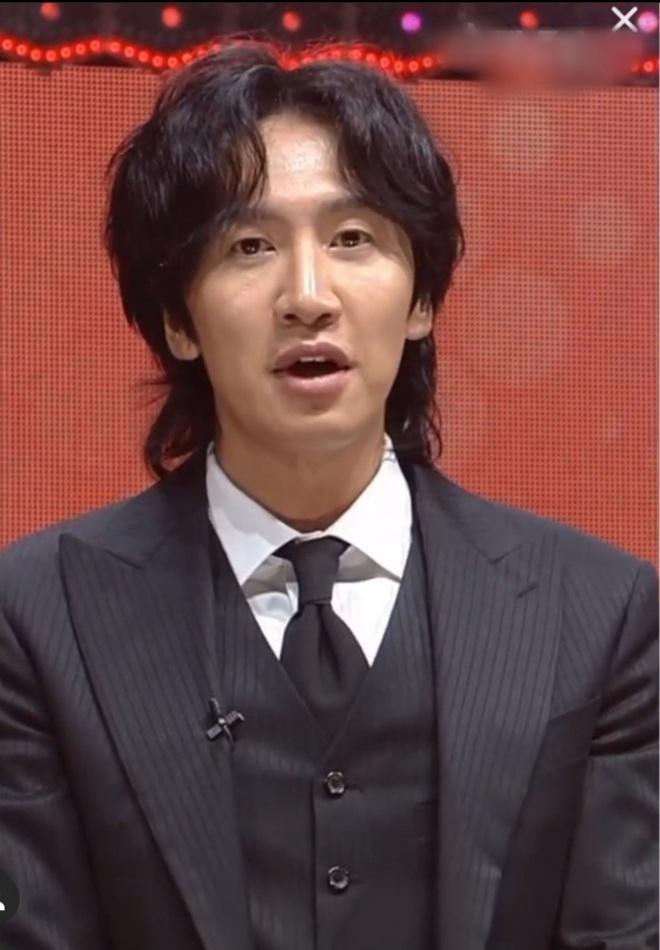 Fanmeeting 5 tài tử Hàn quyền lực gây nổ MXH: Hé lộ nhan sắc thật, Lee Dong Wook như thánh sống, Kim Bum lộ khuyết điểm - ảnh 17
