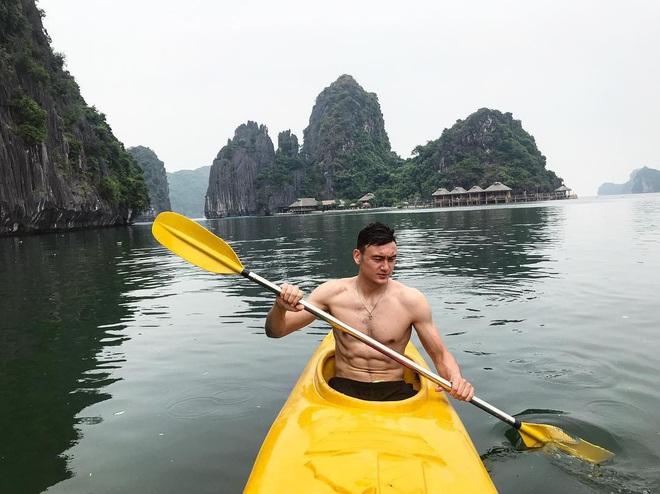 Ngắm body cực phẩm của những thủ môn Việt kiều điển trai - Ảnh 9.
