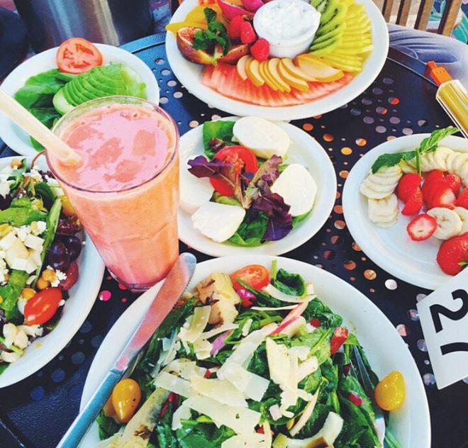 Ăn salad 3 bữa/ngày để giảm cân: cô sinh viên phải nhập viện sau 5 ngày vì chủ quan với những thành phần có trong món ăn - ảnh 4