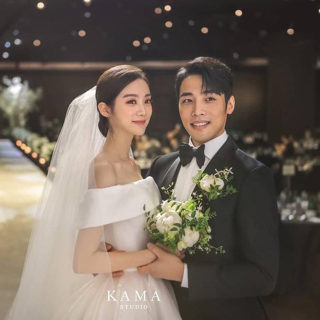 """Hyelim (Wonder Girls) hé lộ dàn khách mời quyền lực trong đám cưới: TWICE xinh đẹp ngút ngàn, """"boss tổng"""" và nữ thần hội tụ - ảnh 1"""