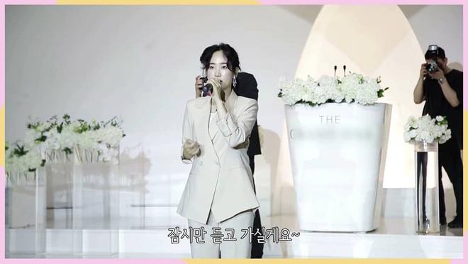 """Hyelim (Wonder Girls) hé lộ dàn khách mời quyền lực trong đám cưới: TWICE xinh đẹp ngút ngàn, """"boss tổng"""" và nữ thần hội tụ - ảnh 10"""