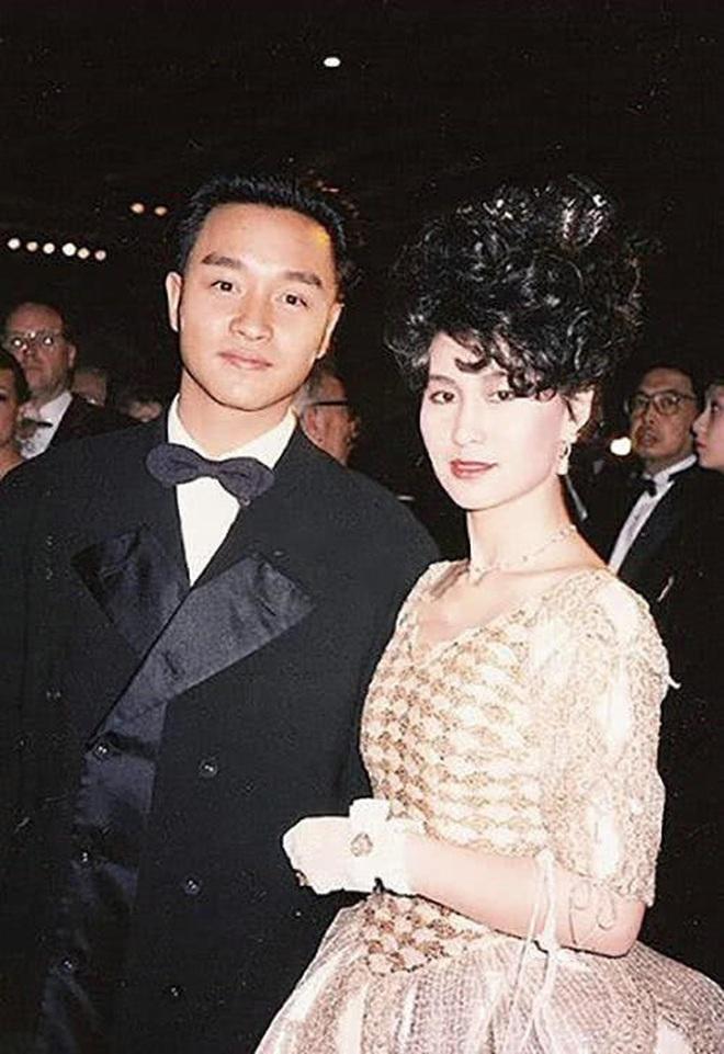 Chiêm ngưỡng loạt ảnh kiều diễm từ bé đến lớn của ái nữ mệnh phú quý Vua sòng bài Macau: Thuở thiếu nữ đẹp không khác mỹ nhân TVB - ảnh 19