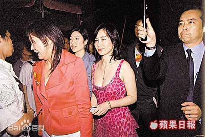 Chiêm ngưỡng loạt ảnh kiều diễm từ bé đến lớn của ái nữ mệnh phú quý Vua sòng bài Macau: Thuở thiếu nữ đẹp không khác mỹ nhân TVB - ảnh 15