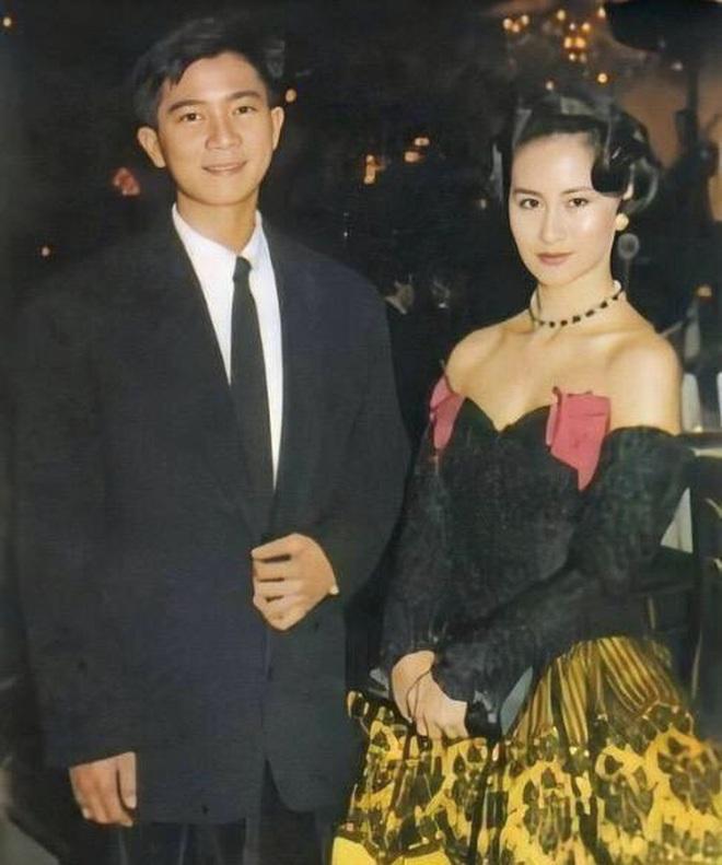 Chiêm ngưỡng loạt ảnh kiều diễm từ bé đến lớn của ái nữ mệnh phú quý Vua sòng bài Macau: Thuở thiếu nữ đẹp không khác mỹ nhân TVB - ảnh 13