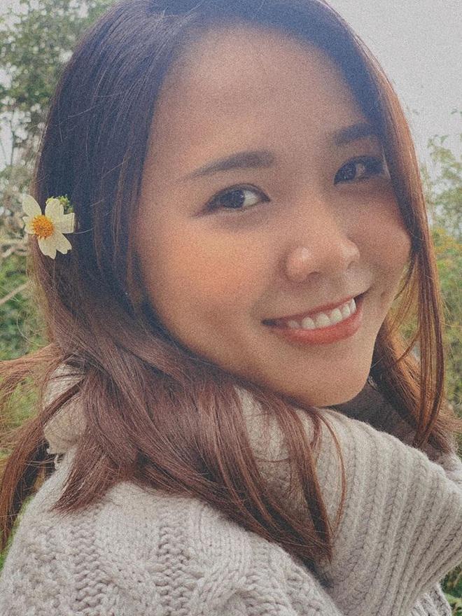 Hoa hậu Khánh Vân khoe ảnh gia đình, chị dâu nổi bần bật với nhan sắc không vừa: Thì ra cũng từng thi Hoa hậu! - Ảnh 7.