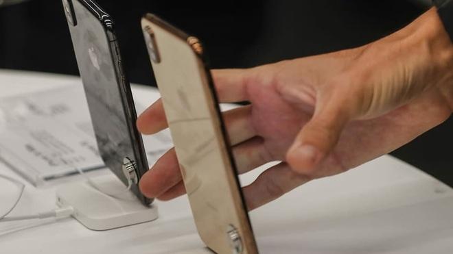 Hài hước: Apple Store bị lừa đổi bảo hành hơn 1.000 iPhone giả mà chẳng hề hay biết - ảnh 3
